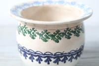 19th Century Scottish Spongeware Pottery Single Handled Porringer (12 of 29)