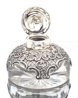 Victorian  Silver Mounted Glass Inkwell. Wm. Comyns & Sons 1895 (2 of 4)