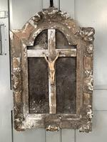 Antique French 18th Century wall mounted crucifix on gesso plaque (9 of 10)