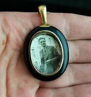 Victorian Onyx Mourning Locket, Seed Pearl Star, 15ct Gold (5 of 12)