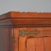 Gothic Style Victorian 2 Door Mahogany Wardrobe (5 of 5)