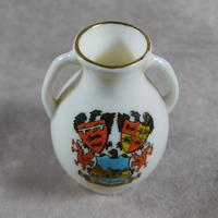 Unusual, W.H. Goss Crested Ware, Heraldic, Souvenir China, Misspelt  Place  NameVase (6 of 6)