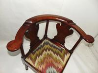 George II Red Walnut Corner Chair (2 of 7)