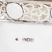 Edwardian Silver Bowl with Art Nouveau Foliage Style Feet (4 of 4)