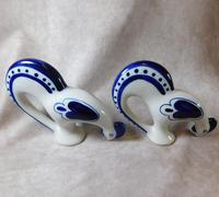 "Pair of Gzhel Blue & White Porcelain ""Pecking Chickens"" (5 of 10)"