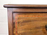 Edwardian Crossbanded Mahogany Chest of Drawers (6 of 9)