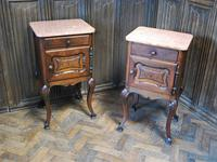 Pair of Substantial Oak Bedside Cabinets (3 of 9)