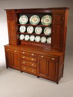 A Fine and Original George III Period Oak Dresser (4 of 4)