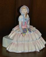 """Royal Doulton 1935 Porcelain """"Daydreams"""" Figurine (3 of 9)"""