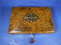 French 19th Century Burr Cedar Box. (2 of 14)