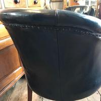 Early 20th Century Leather Chair with Crest (4 of 6)