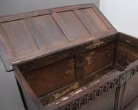 17th Century Oak Coffer with Four Panel Top (3 of 10)