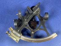 Victorian Brass Sextant In It's Original Mahogany Box. (3 of 18)