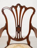Pretty Mahogany Open Carver Chair (8 of 8)