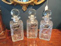 Late Victorian Polished Oak Three Bottle Tantalus (7 of 10)