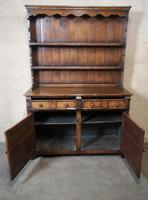 Titchmarsh Goodwin Period Style Carved Solid Oak Dresser (4 of 8)