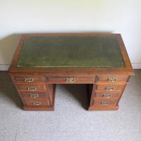 Oak Pedestal Desk - Edwardian (4 of 8)