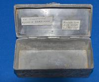 C18th pewter snuff-box (6 of 6)