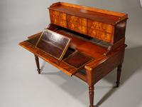 Beautifully Figured Mid 19th Century Mahogany Writing Desk (4 of 6)