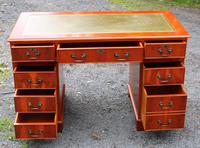 1960s Mahogany One Piece Desk with Green Leather (2 of 4)