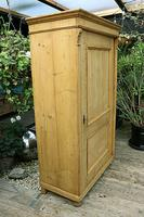 Fabulous Large Old Pine One Door Cupboard - Linen/Food/Kitchen/Larger/Wardrobe - We Del;iver! (6 of 11)