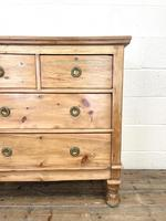 Small Victorian Pine Chest of Drawers (3 of 10)