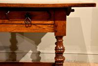 Early 18th Century Spanish Walnut Serving Side Table (6 of 7)