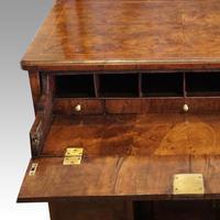 George III Walnut Kneehole Desk (12 of 12)