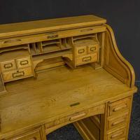 Small Oak Roll Top Desk (6 of 12)