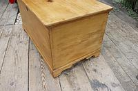 Restored Pine Blanket Box / Chest / Trunk / Coffee Table (6 of 8)