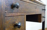 Delightful Arts & Crafts Oak Bureau (5 of 19)