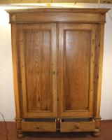 1900s Quality Country Pine 2 Door Wardrobe with Drawers (4 of 5)