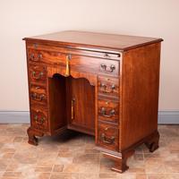 Mahogany Kneehole Desk With Brushing Slide (6 of 17)