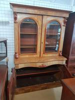 Serpentine Bookcase (3 of 4)
