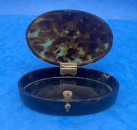 1900s Oval Tortoiseshell Box (2 of 9)