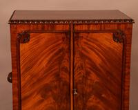 Quality Cabinet on Stand Chippendale Style (8 of 9)