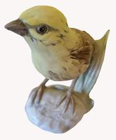 A Porcelain figure of a Yellowhammer by Goebel of Germany (4 of 5)