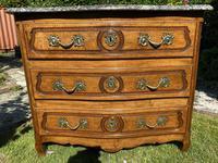 Small 18th Century Serpentine Fronted Commode (3 of 17)