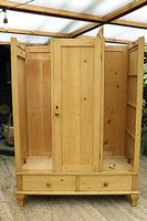 Beautiful Old Pine Triple Knock Down 'Arts & Crafts' Wardrobe  - We Deliver & Assemble! (17 of 18)