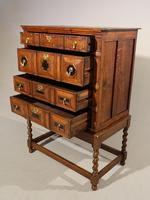 A Handsome Late 17th Century Block Fronted Oak and Mahogany Chest (4 of 5)