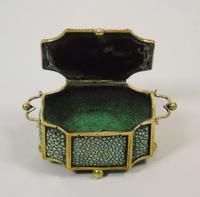 Fine Antique Shagreen Jewellery / Ring Trinket Box (9 of 9)