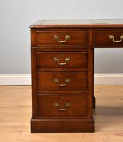 1960 Mahogany Pedestal Desk (2 of 8)