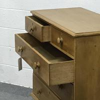 Victorian 2 over 3 Pine Chest of Drawers (4 of 4)