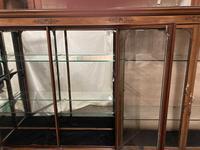 Shop Display Cabinet (4 of 21)