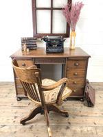 Early 20th Century Oak Kneehole Desk (2 of 14)