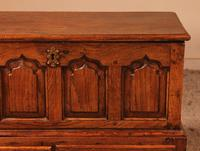 Small English Chest in Oak - 18th Century (2 of 16)