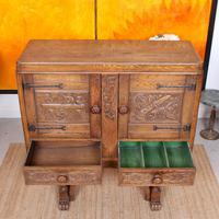 Carved Oak Sideboard Cupboard (6 of 13)
