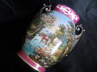 Large Vase Depicting Pastoral Scene with Cattle etc (3 of 6)