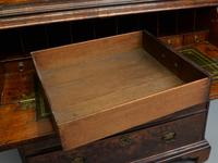 Early 18th Century Walnut Secretaire Writing Cabinet (30 of 31)