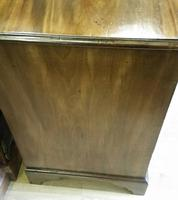Small George II Kneehole Dressing Table (6 of 7)